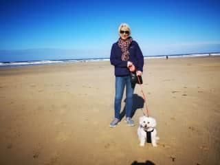 Carole and Jess...happy holidays in Cornwall
