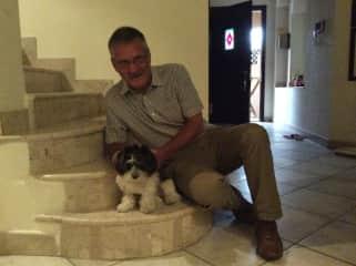 Holly on our Dubai house sit