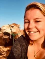 Cheeeeese, but with a camel!