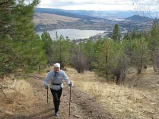 Gaby hiking up Spion Kop Mountain
