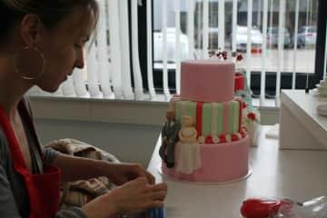 Me decorating cakes
