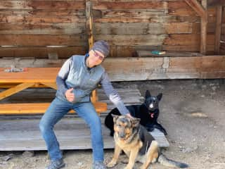 Having a good time with the farm dogs, Kaleden BC, May 2021.