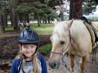 Julia (11y) loves horses