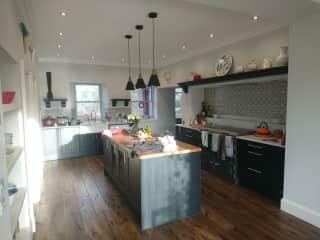 The kitchen - open plan diner