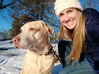 Eva enjoying some snow and sunshine in Stockholm