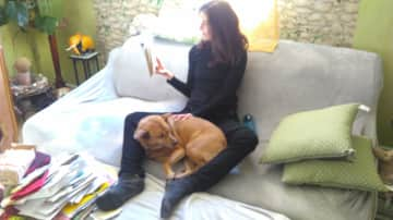 We love to read and to cuddle...