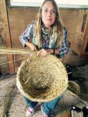 I'm passionate about bees &natural beekeeping. Skep making with biodynamic rye straw in Somerset.