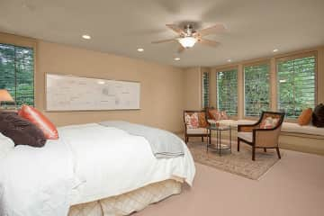 A beautiful guest suite for you