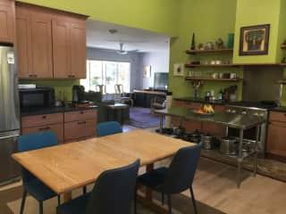 Kitchen looking toward livingroom