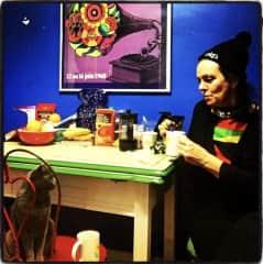 Teatime with Lulu