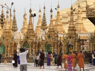 shwedogan pagoda | yangon, myanmar | may 2017