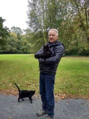 Tom with two of our cats in France