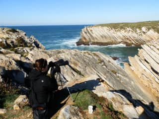 Jocelynn monitoring gulls in Baleal, Portugal (Jan-May 2017). Birdwatching is Jocelynn's hobby and vocation.