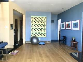 Yoga/exercise room