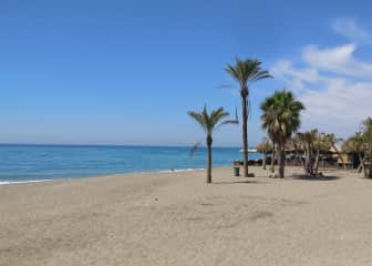 Elviria beach, only 4 minutes by car from the apartment.