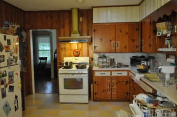 Large country kitchen (cleaned up for your arrival)