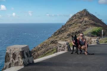 Hiking in Hawaii with Nalu!