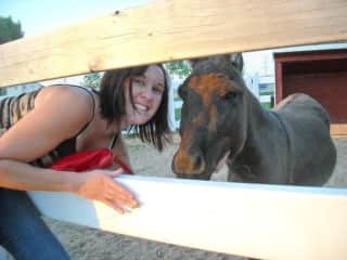 Libbi loves horses. She always wanted one as a kid so any sits that involve horses will make her extra happy!