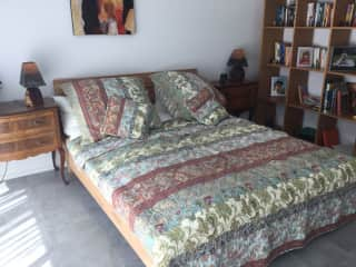 Gust bedroom