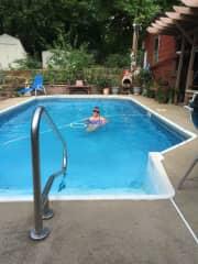 Pat in pool