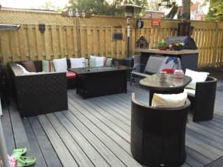 Backyard patio with Lounge and BBQ