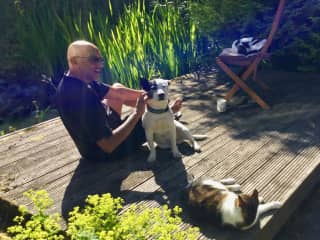 Taking the rays with Daisy, Bobby and George (Buxton, UK, 2018)
