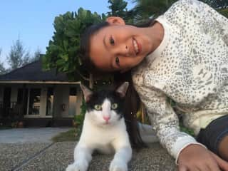 Eileen and her new buddy in Thailand