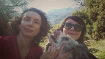 Ewa, Monika and Malbty in Spain, apparently it is Malbty's first selfie!