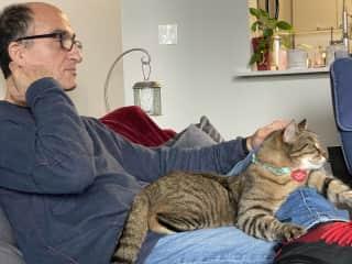 Garo and grand kitty, Kasher