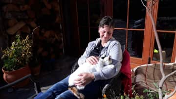 me with Dotty during my first housesitting