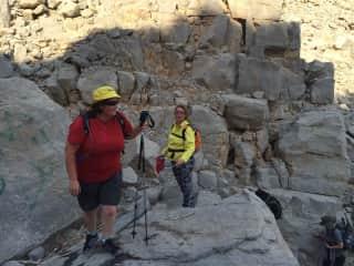 Ronette & Niki, hiking in Oman