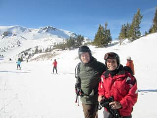 Skiing with friend at Mammoth Mtn. Ca.https://thsproduction.s3.amazonaws.com/upload/media/photo/65bf914/5b2b550/27/25609704504b18b52afa061681bc66.jpg