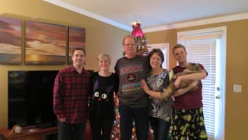 Christmas 2020 - Erik, Colleen, Steve, Patty, Jordan w/Chewy