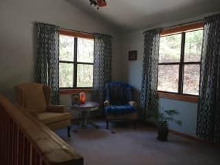 Loft/bedroom/bathroom