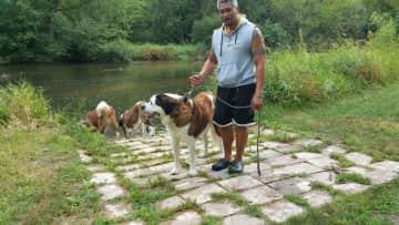 JR dog walking