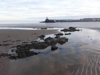 Beach 10min walk