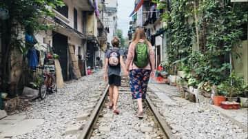 Train Street Hanoi 16/3/19
