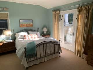 Guest Bedroom for sitter