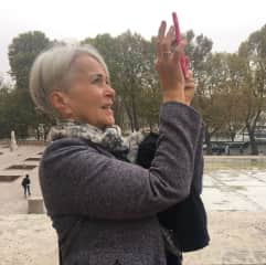 Me, in Paris, taking a photo.