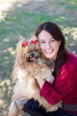 Elaine (girlfriend) and Malu (dog)