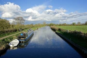 Kennet & Avon canal at Semington