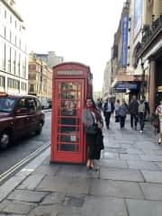 Posando em Londres