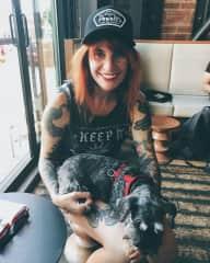 Lola & Heidi, Petsit Seattle August 2018
