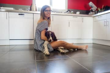 Amandine with Melba, while house-sitting in Chassagny, France