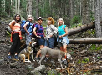 Hiking Mount Humpreys-the highest peak of Arizona- with friends