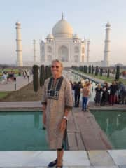 Susan at Taj Mahal