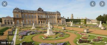Wrest Park only minutes away - or 25 minute walk on a private road