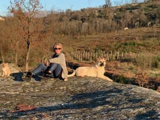 Janet with petsit friend in Portugal.