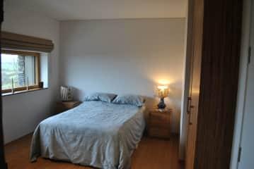 House Sitters bedroom