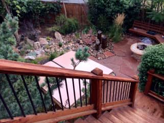 Fire Pit and fountains - large private yard